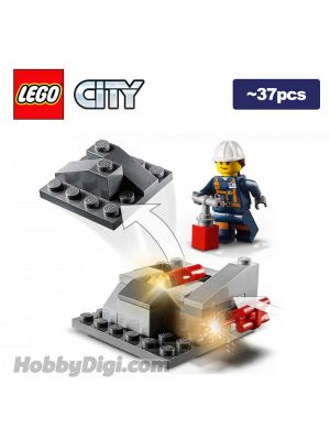 LEGO Loose Decoration and Minifigure City:Female Explosives Engineer with Rock Pile