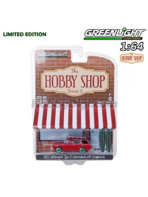 Greenlight 1:64 限量版合金車 - The Hobby Shop S5 1962 VW Type 3 Squareback w Surfboards
