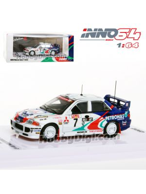 INNO64 1:64 Diecast Model Car - MITSUBISHI LANCER EVOLUTION III #7 Australia Rally 1996 W/ Mud Effect