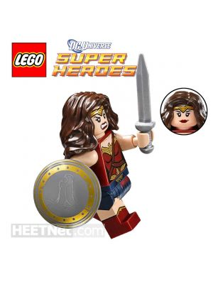 LEGO Loose Minifigure DC Comics: Wonder Woman with Sword and Shield