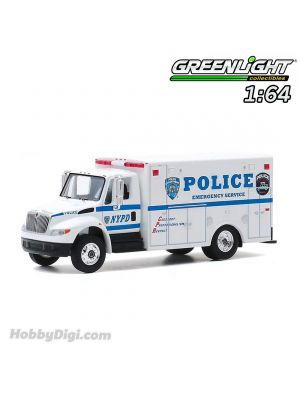 Greenlight 1:64 Diecast Model Car - H.D. Trucks Series 19 - 2013 International Durastar - New York City Police Department (NYPD) Emergency Service Solid Pack
