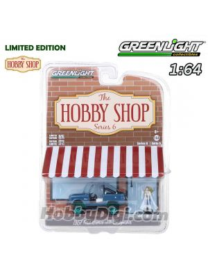 Greenlight 1:64 Limited Diecast Model Car - 1967 Ford Bronco (Doors Removed) with Backpacker (Hobby Shop s6)