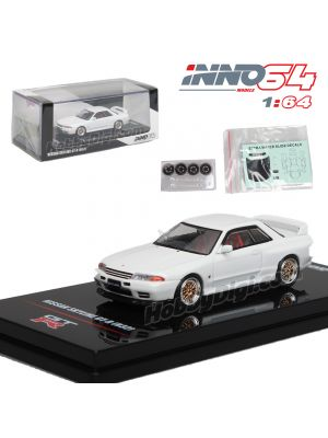 INNO64 1:64 合金模型車 - NISSAN SKYLINE GT-R (R32) Crystal White With Extra Wheels and Extra decals
