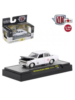 M2 Machines Mooneyes Auto Japan S3 1:64 合金車 - 1969 Datsun Bluebird 1600SSS Bright White
